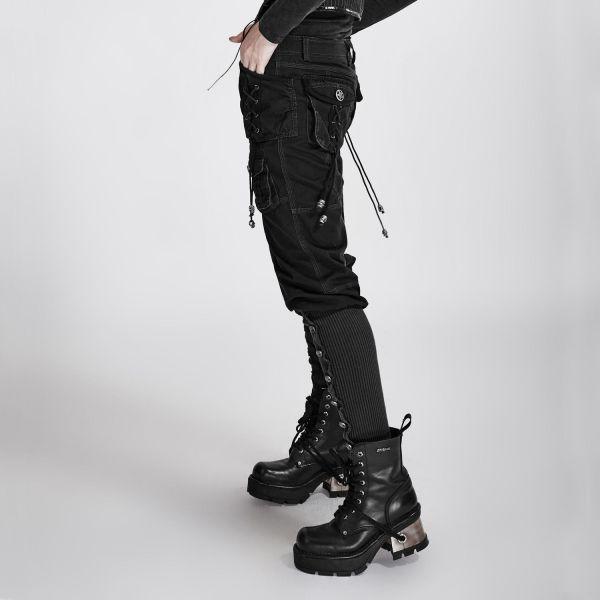 Hose im Uniform Style mit grossen Taschen