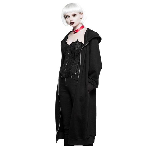 Kapuzenmantel im Daily Goth Style