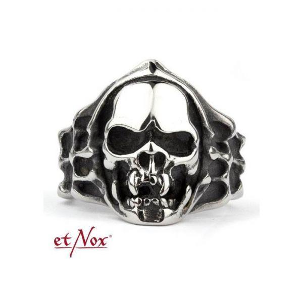 Totenkopf Ring im Vampirschädel Look